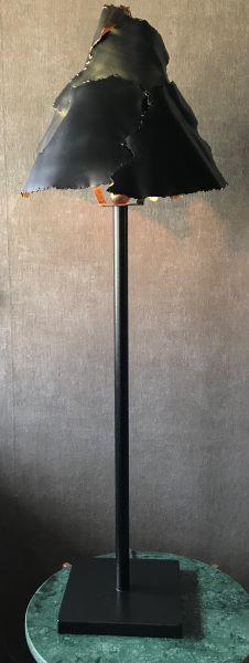 Kroonjuweel-tafellamp-Leave-Zwart